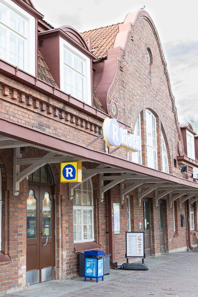 Perinneovet Hämeenlinnan R-kioskilla