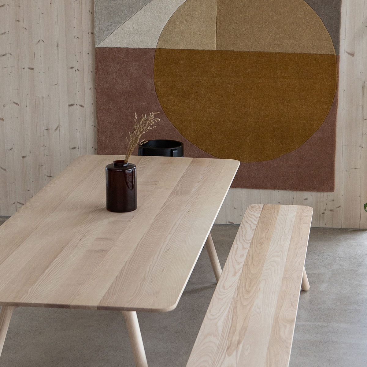 Onni Design ruokapöytä ja penkki